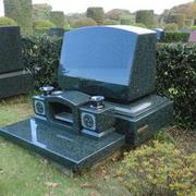 洋型墓石建立