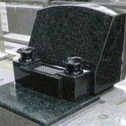 立体墓石建立