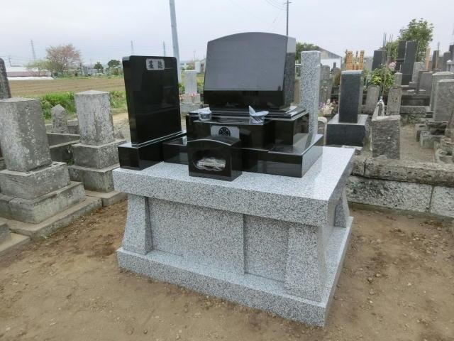 丘カロート墓石建立